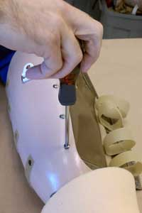 CJSocket - prosthetic leg fabrication 1